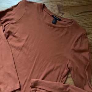 Basic rust colored long sleeve tee